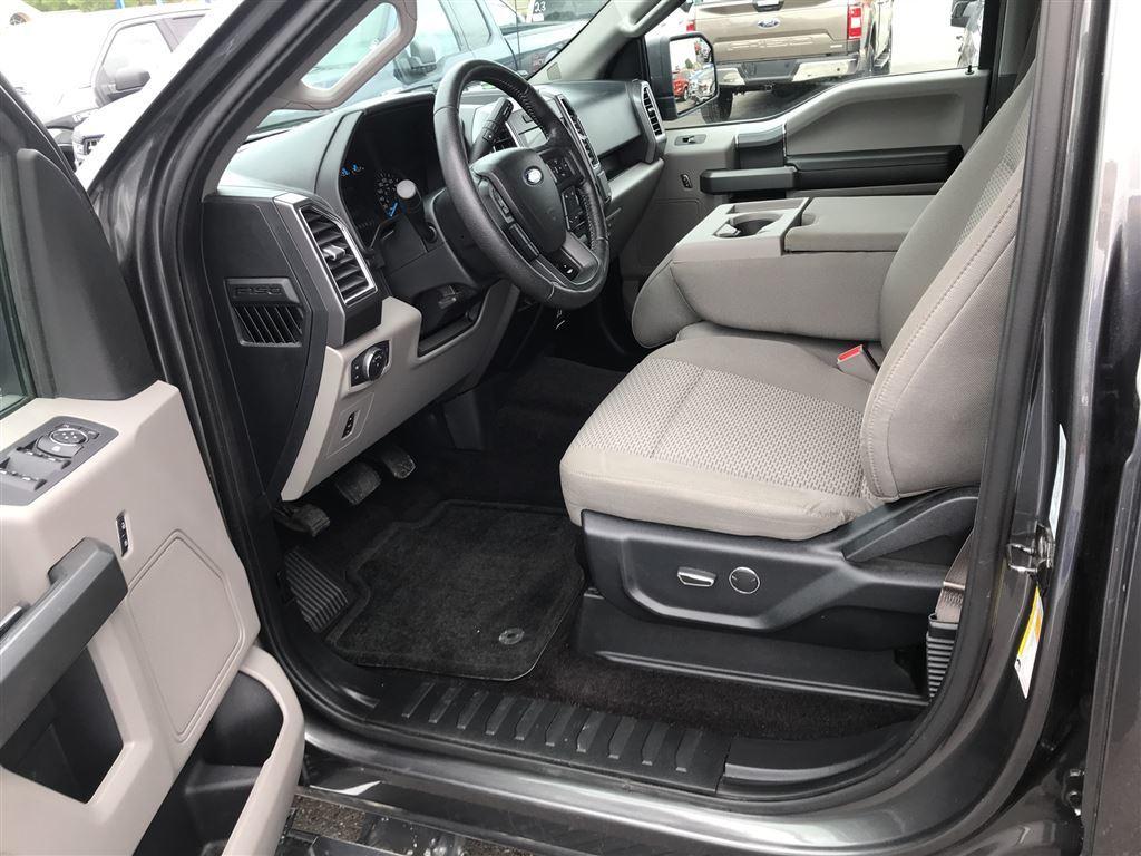 2016 Ford F-150 XLT-5.0L-XTR Pkg/Nav/Brake Controller