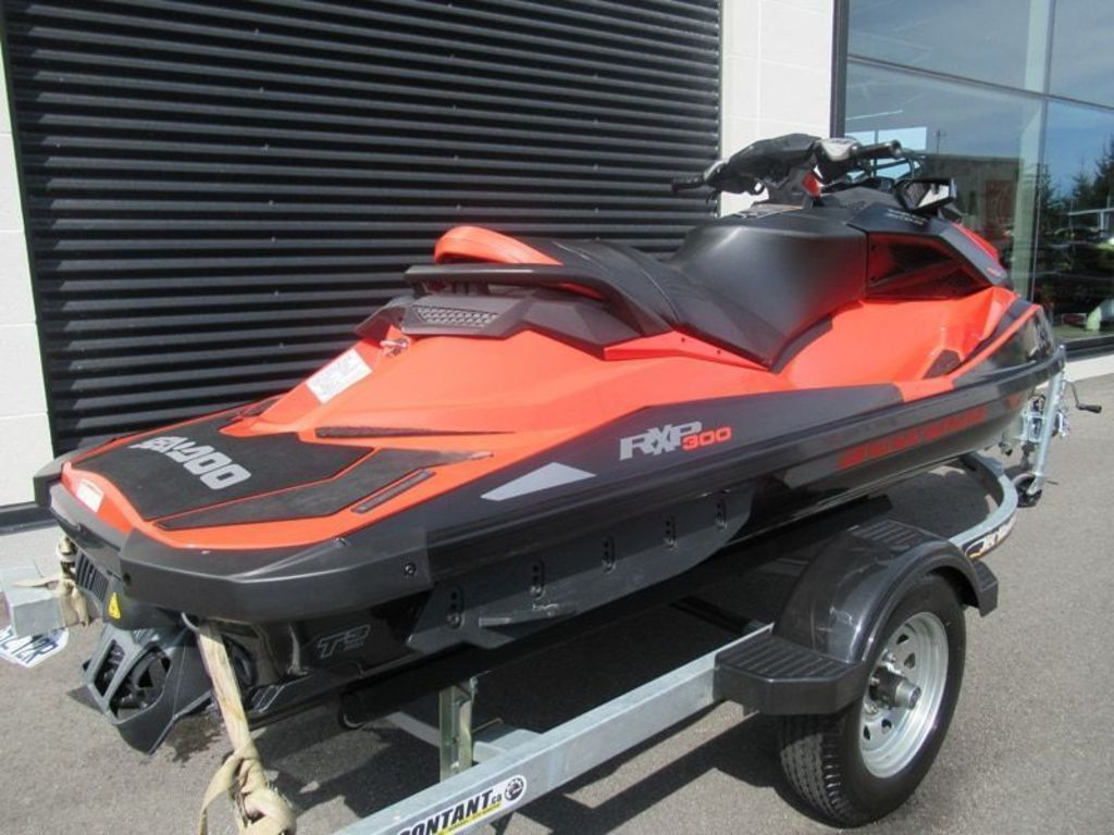 2016 Sea Doo PWC boat for sale, model of the boat is Rxpx 300 & Image # 2 of 5