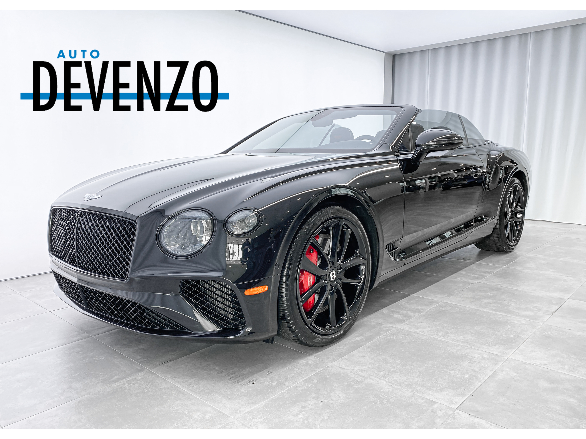 2020 Bentley Continental GT V8 Convertible 542HP AWD  Triple Black complet