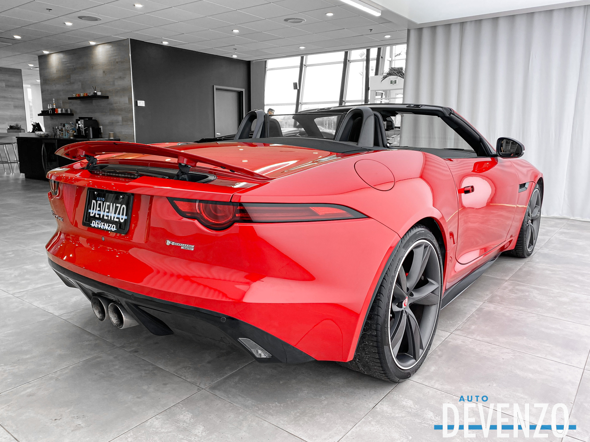 2018 Jaguar F-Type Convertible R-Dynamic Auto AWD BLACK PACKAGE complet
