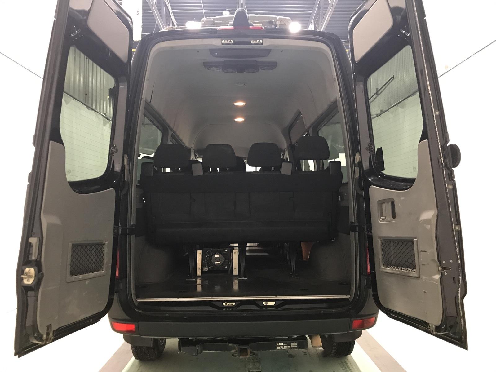 2017 Mercedes-Benz Sprinter Passenger Van 4X4 2500 V6 144» HIGH ROOF 12 PASSENGER complet