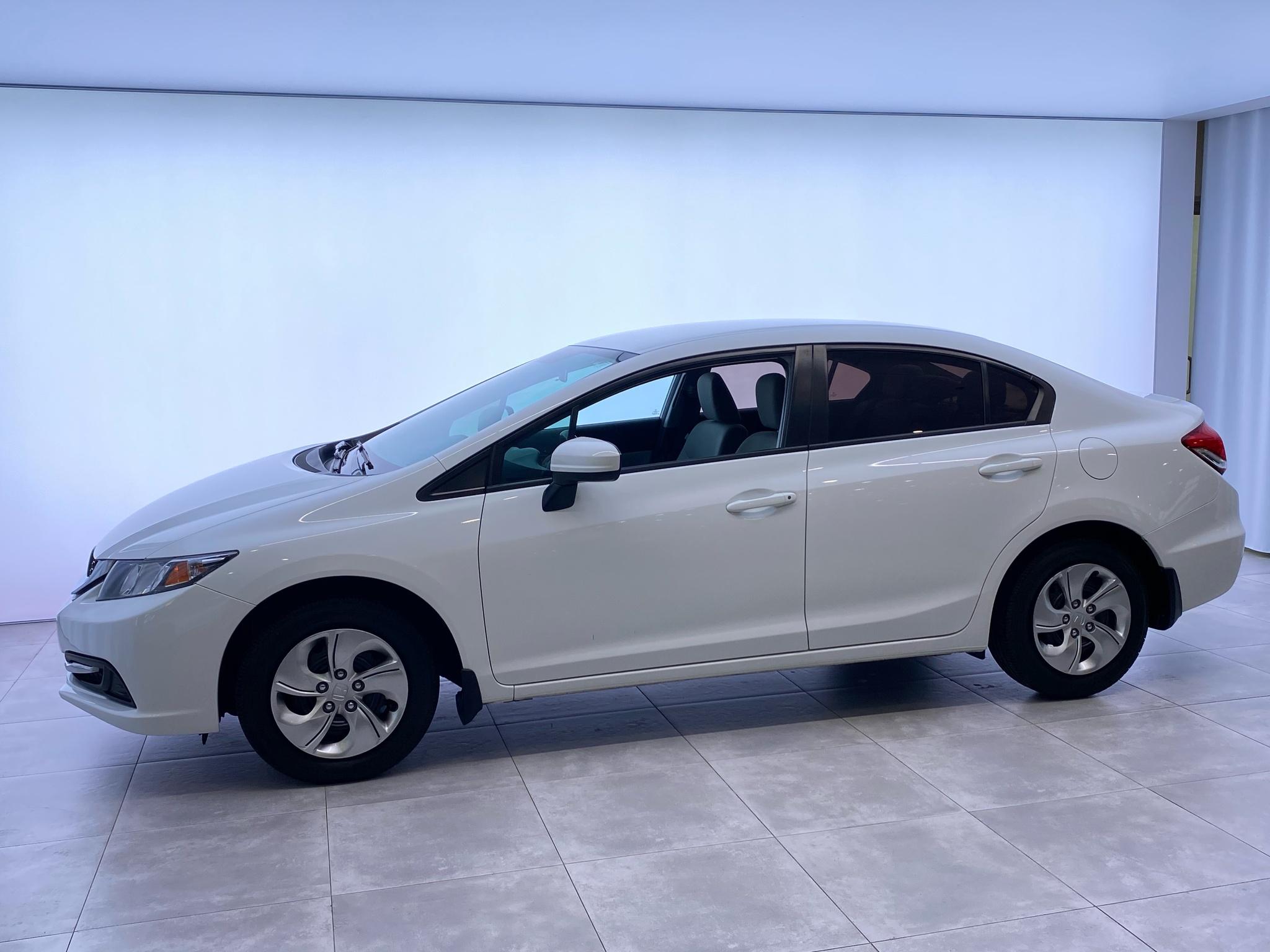 2014 Honda Civic Sedan CVT LX BAS KILOMETRAGE complet
