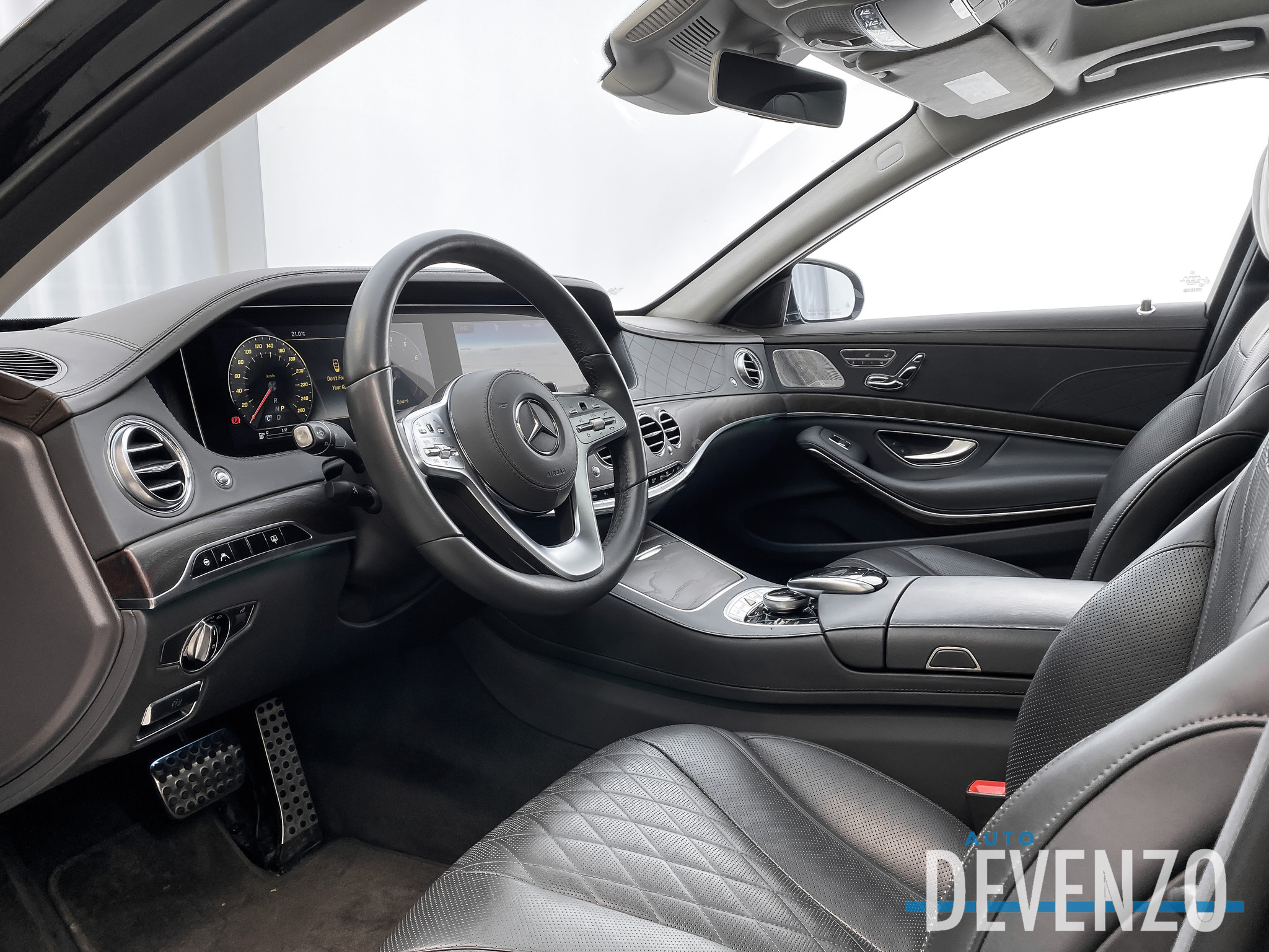 2019 Mercedes-Benz S-Class S560 4MATIC LWB REAR SEATING PACKAGE / INTELLIGENT complet