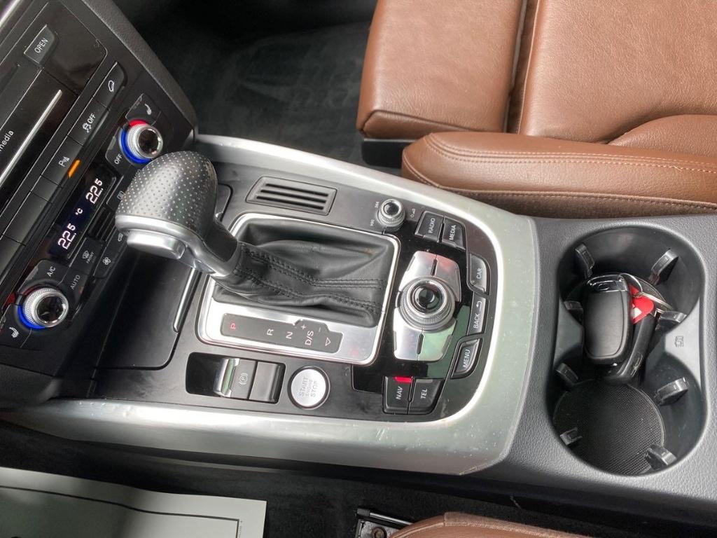 2017 Audi Q5 2.0T Technik S-LINE Quattro complet