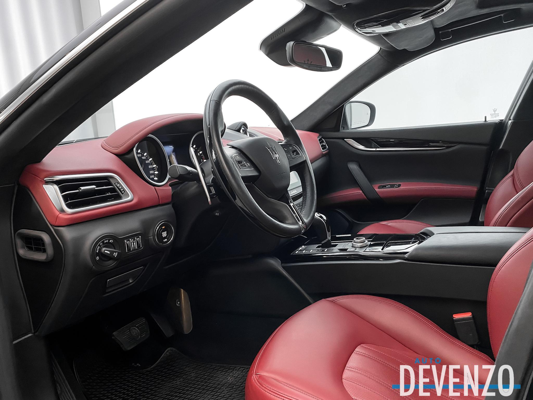 2017 Maserati Ghibli S Q4 3.0L Sport Package / Driver Assist complet