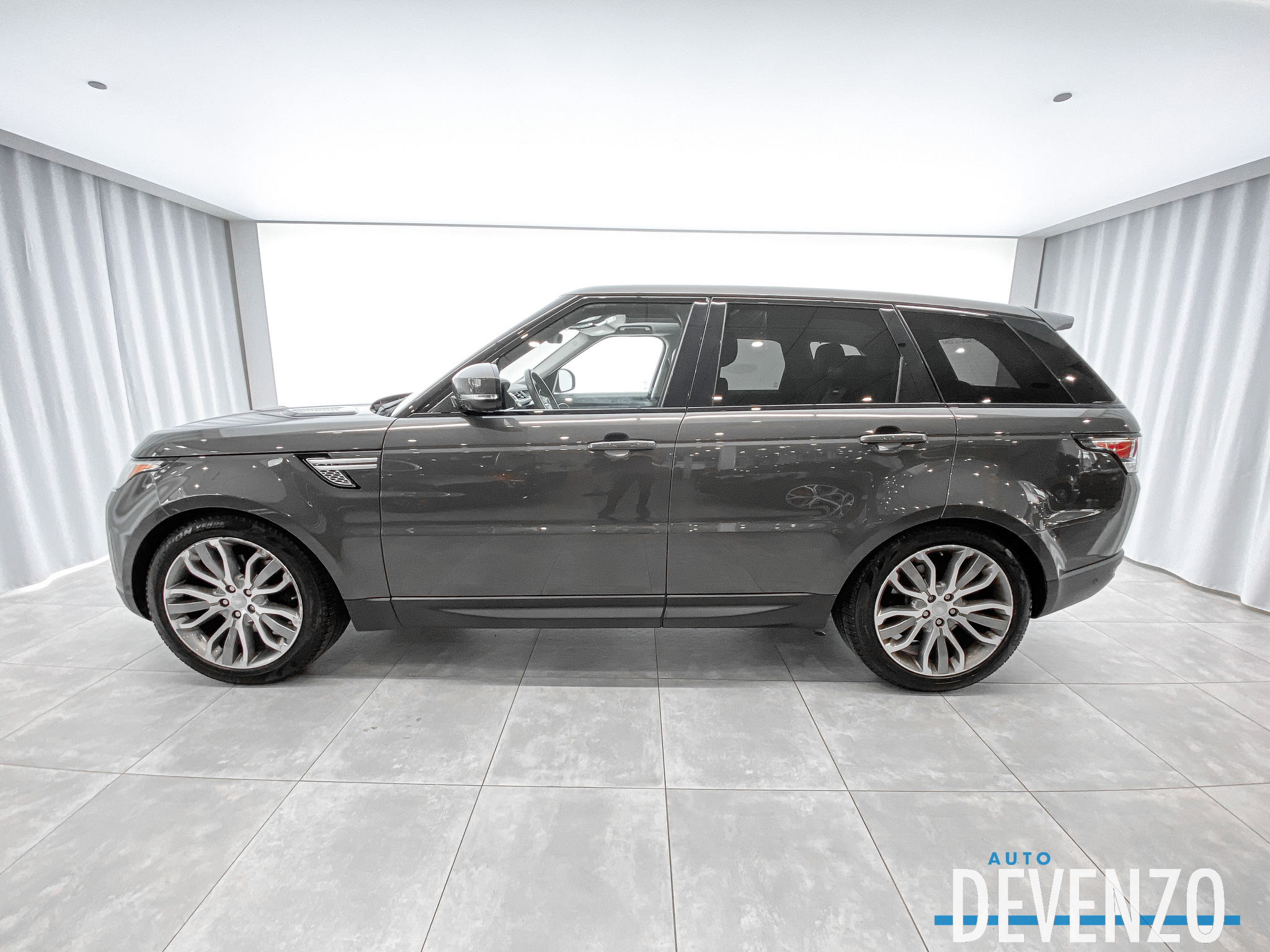 2017 Land Rover Range Rover Sport 4WD Td6 HSE Navi / Pano / TV-DVD complet