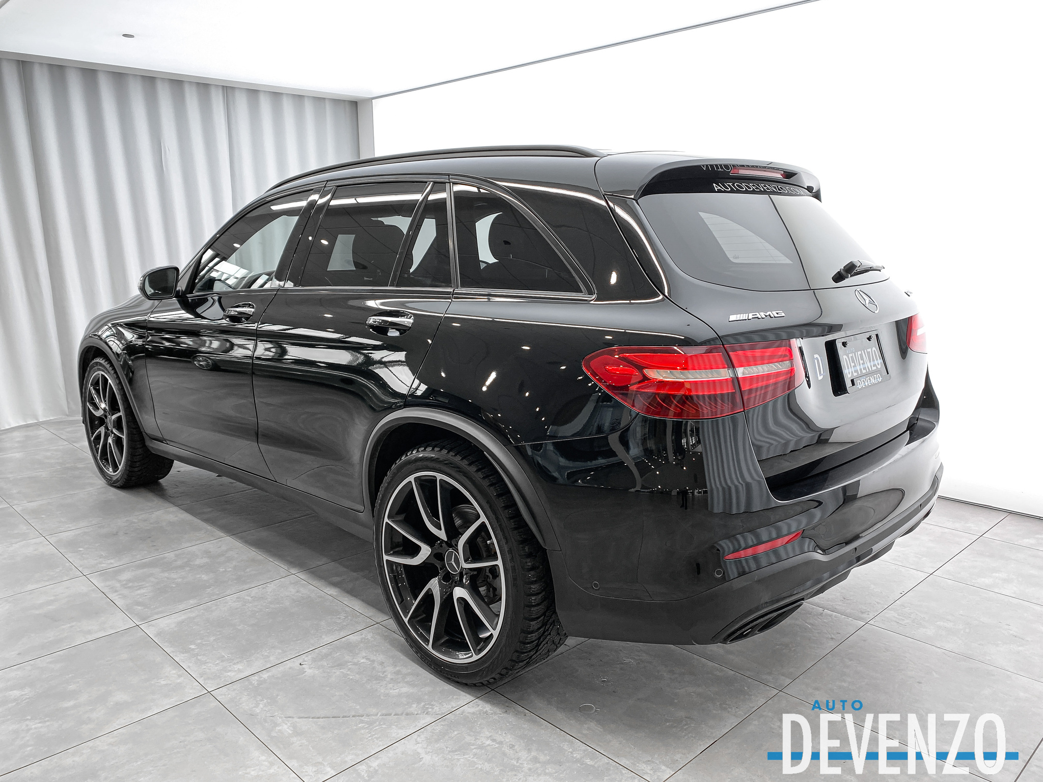 2018 Mercedes-Benz GLC AMG GLC43 4MATIC NIGHT / AMG DRIVERS PACK complet