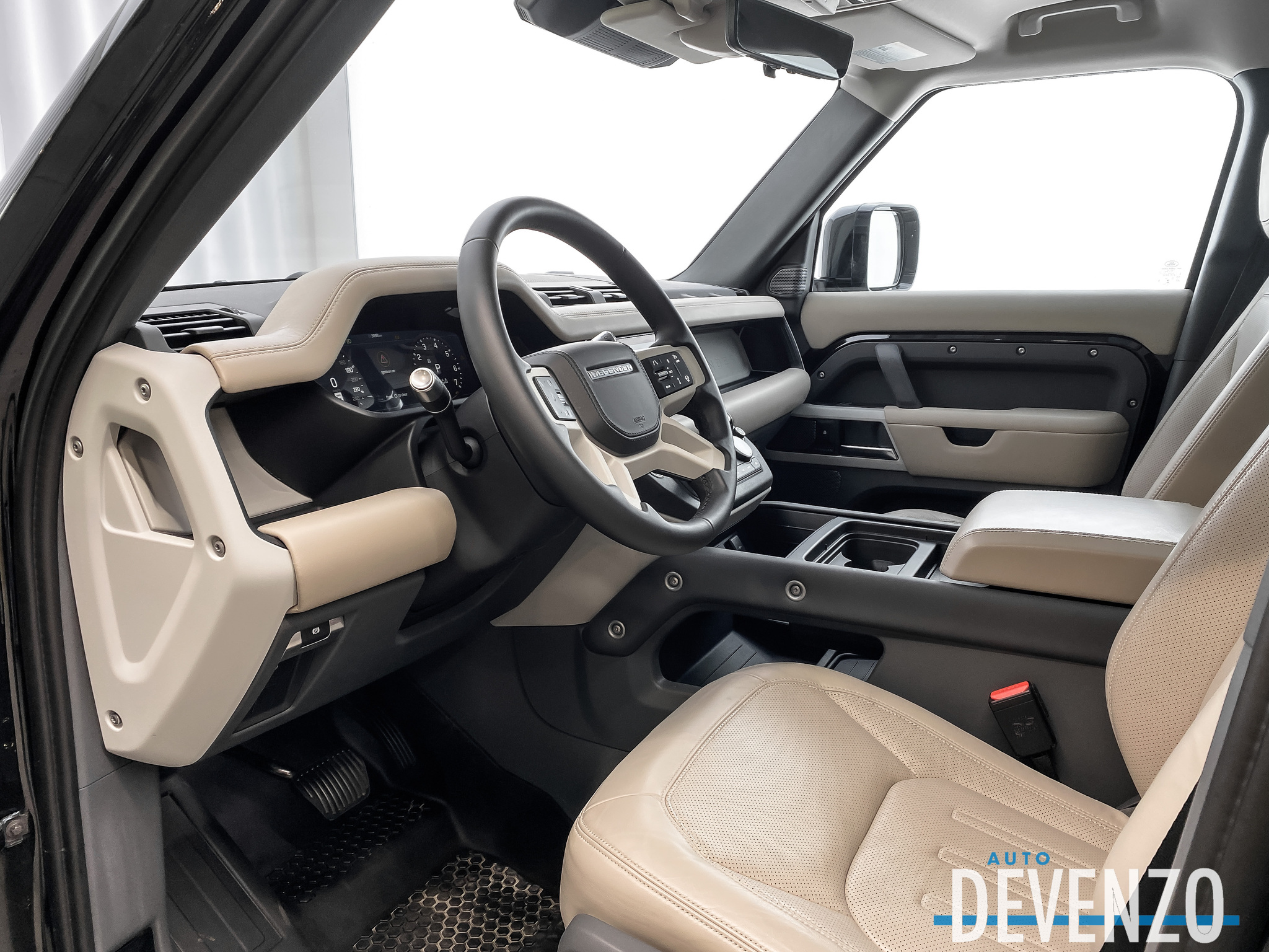 2020 Land Rover Defender 110 HSE AWD complet