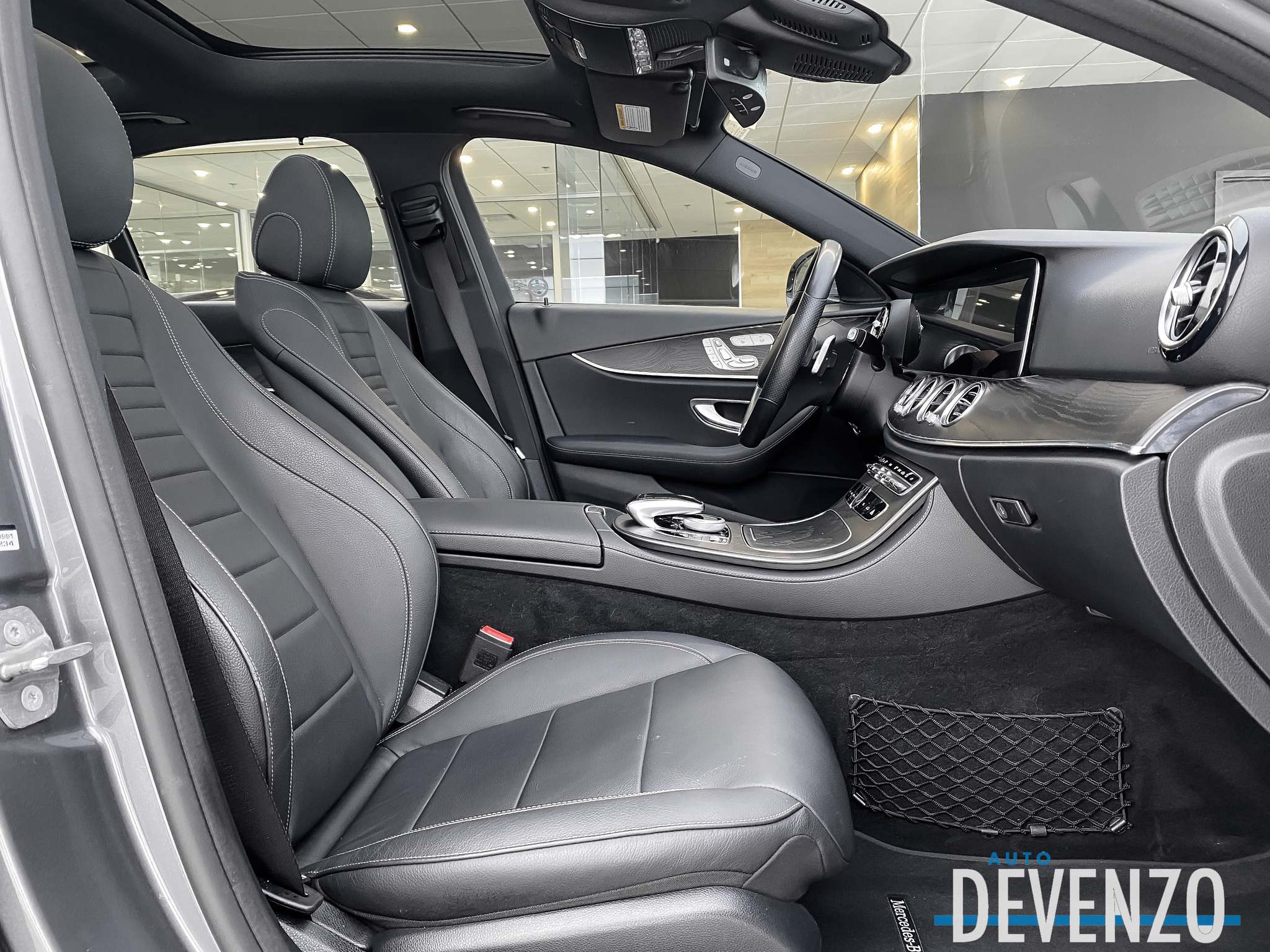 2018 Mercedes-Benz E-Class E400 4MATIC SPORT PACKAGE / INTELLIGENT DRIVE complet