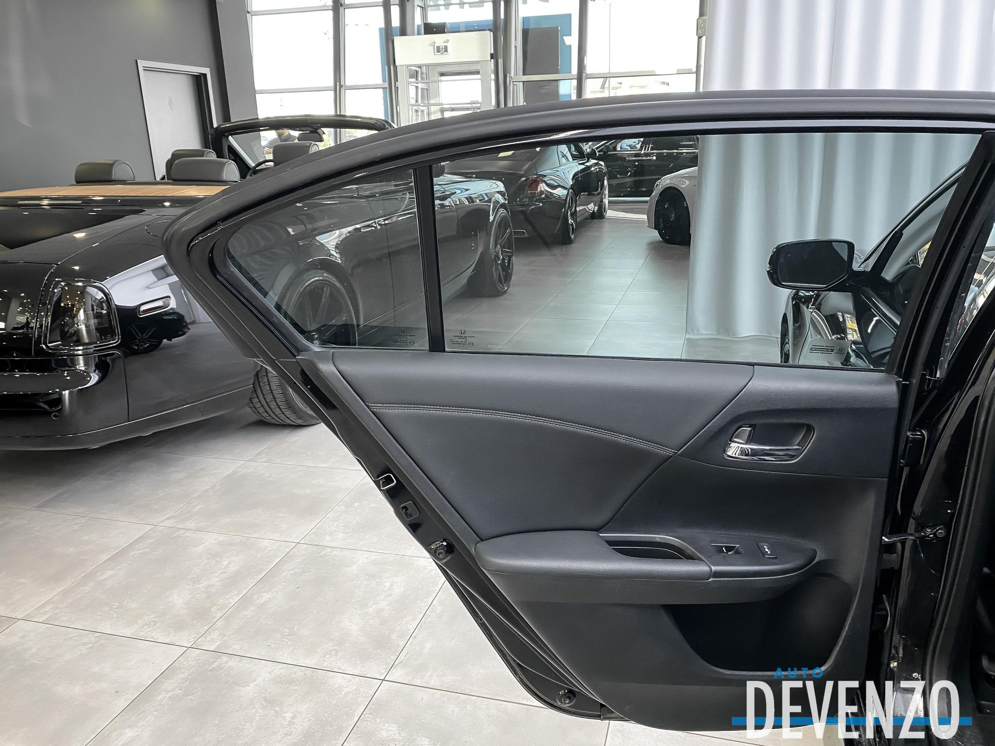 2017 Honda Accord Sedan V6 Touring Cuir Toit Ouvrant GPS Cruise Adaptif complet