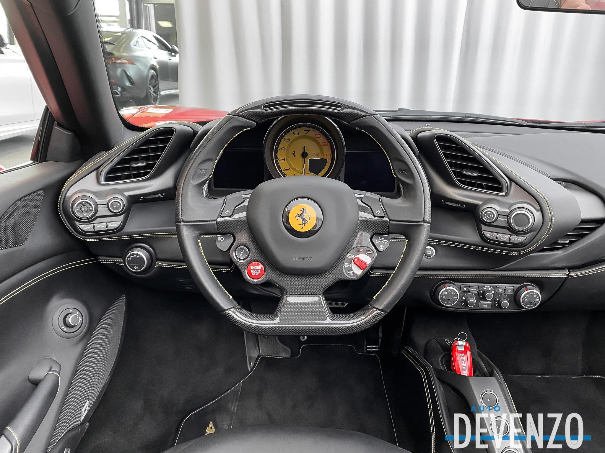 2019 Ferrari 488 Spider SPIDER SPORT EXHAUST CARBON FIBER STEERING complet