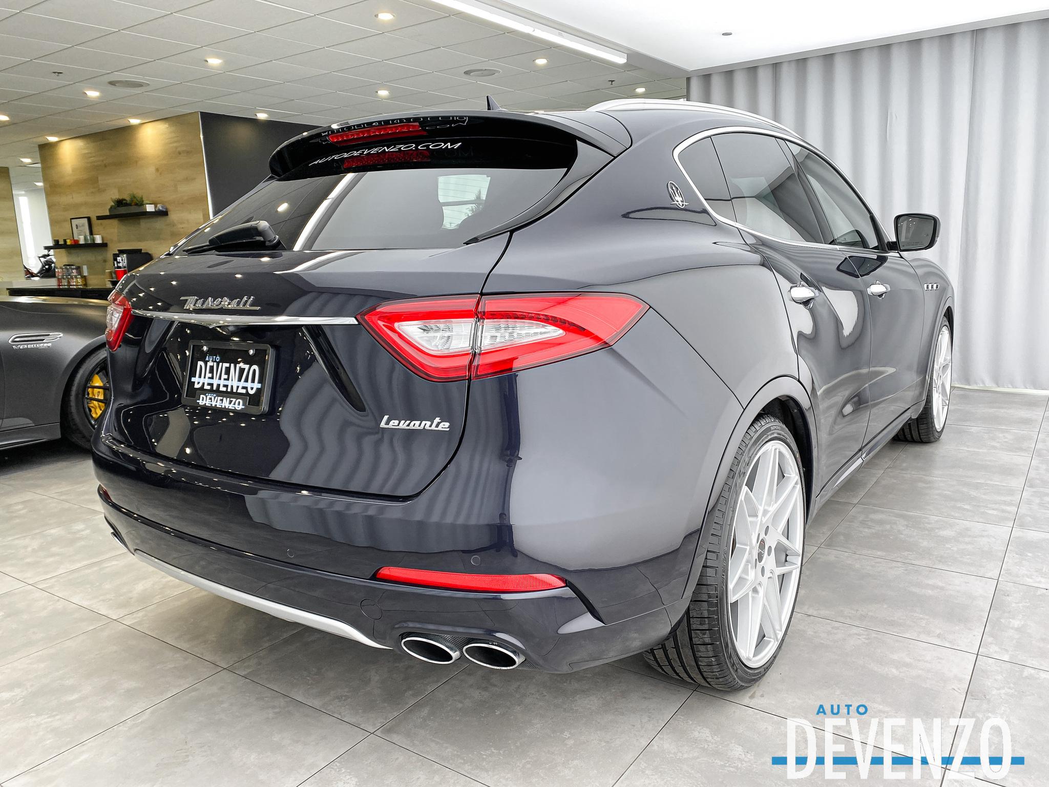 2017 Maserati Levante S Luxury 3.0L AWD 424HP Low Mileage Gem complet