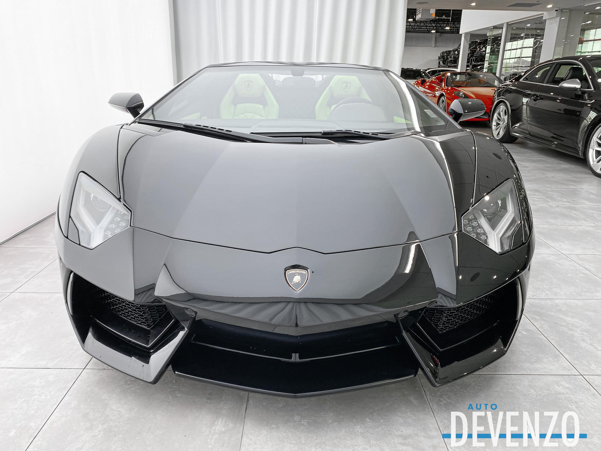 2016 Lamborghini Aventador LP700-4 ROADSTER complet