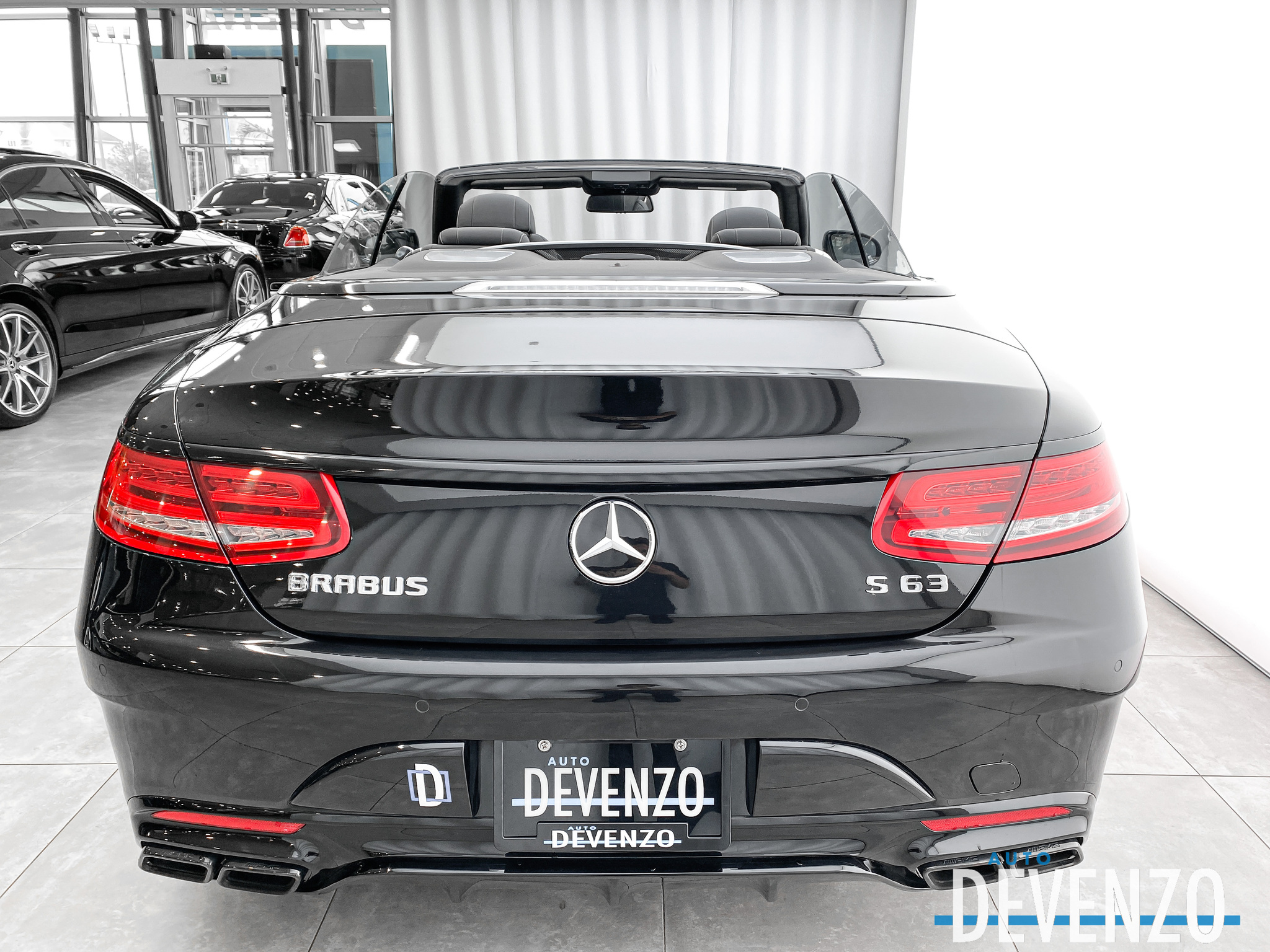 2017 Mercedes-Benz S-Class Cabriolet AMG S63 4MATIC 577HP complet