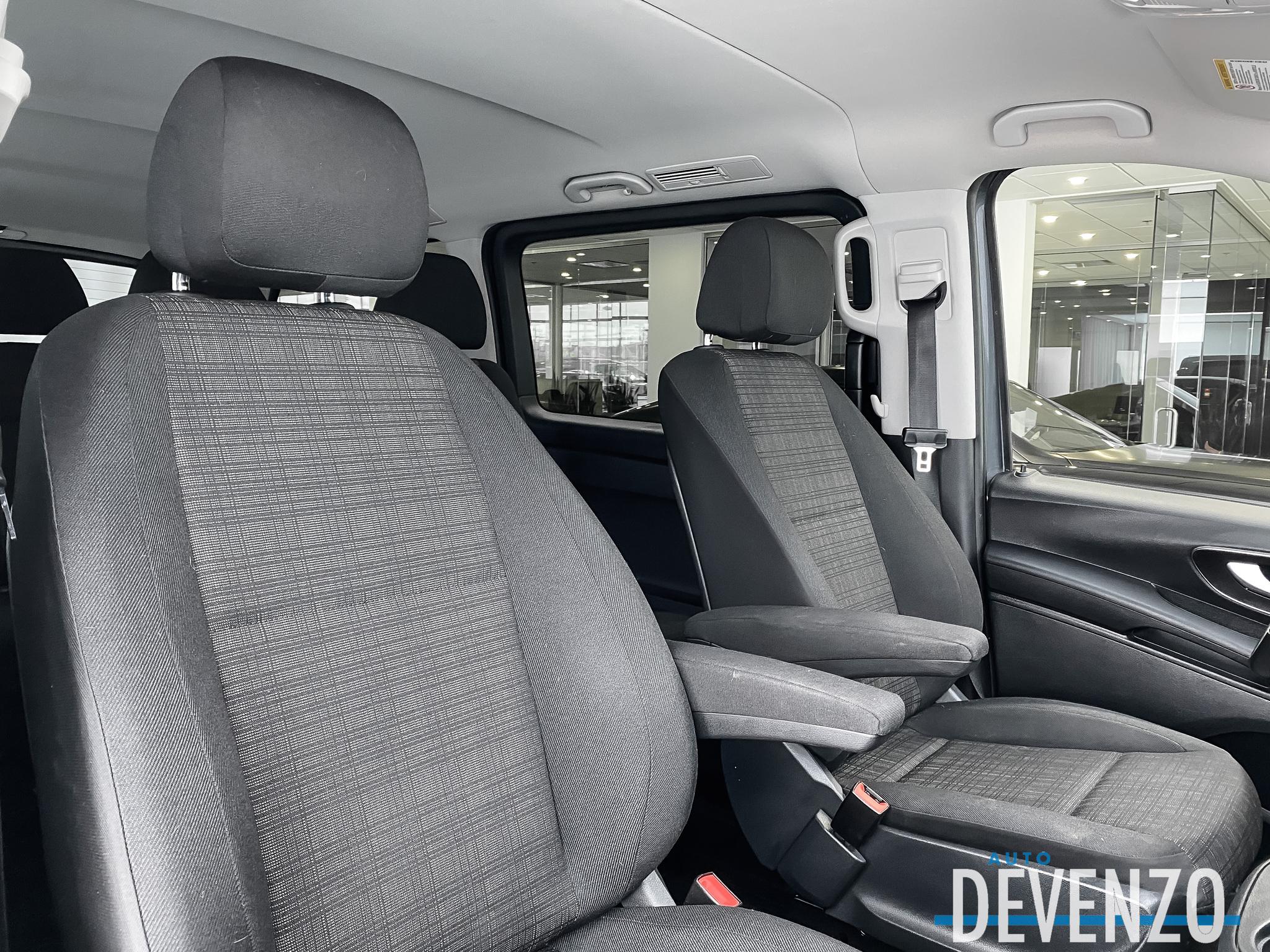 2016 Mercedes-Benz Metris Passenger Van 7 Passagers GPS Navigation / Climatisation Arriere complet