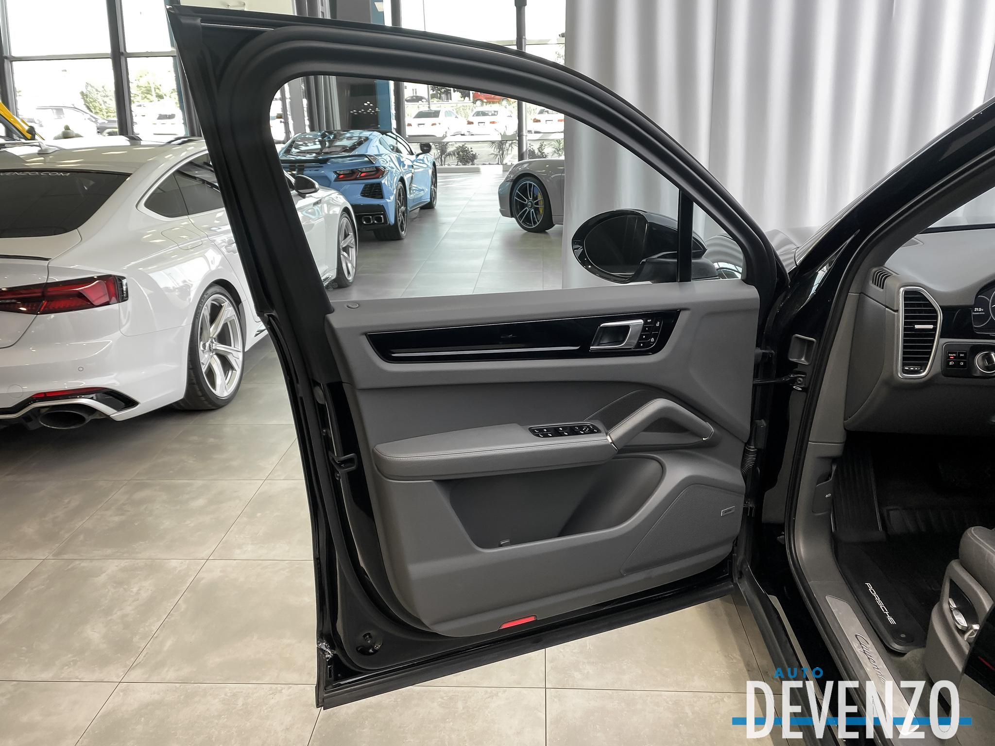 2019 Porsche Cayenne AWD PREMIUM PACKAGE 20» SPORT WHEELS complet