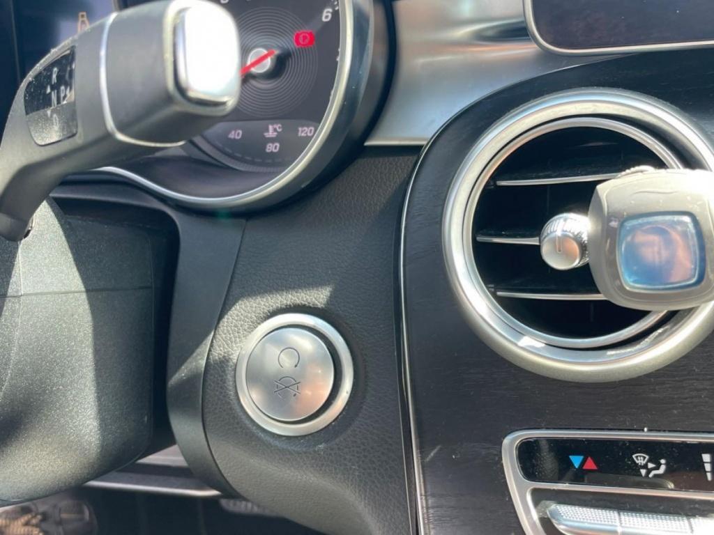 2015 Mercedes-Benz C-Class C300 GPS-TOIT PANO-CUIR-CAMÉRA complet