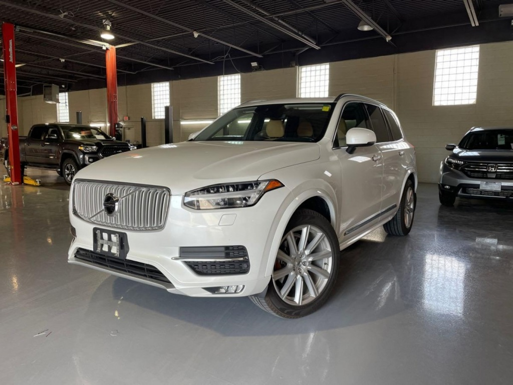 2016 Volvo XC90 T6 Inscription complet