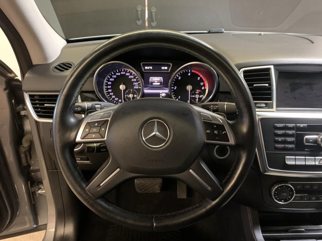 2013 Mercedes-Benz M-Class ML 350 BlueTEC INTÉRIEUR EN CUIR-TOIT OUVRANT complet