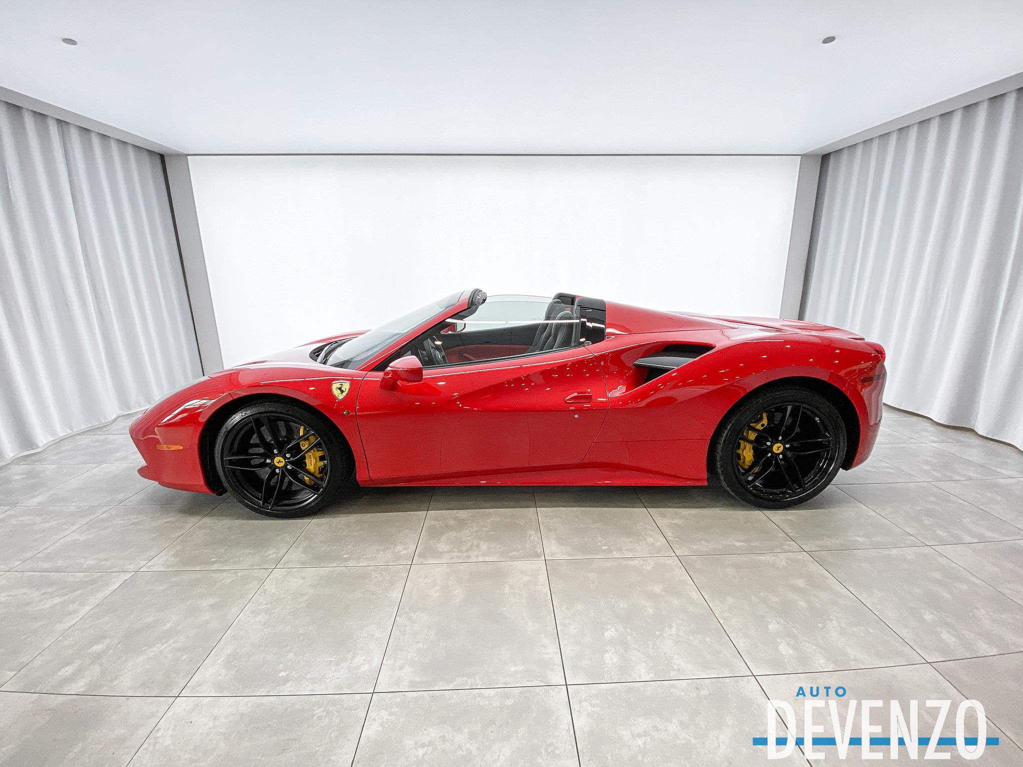 2018 Ferrari 488 488 SPIDER Carbon Fiber Package complet