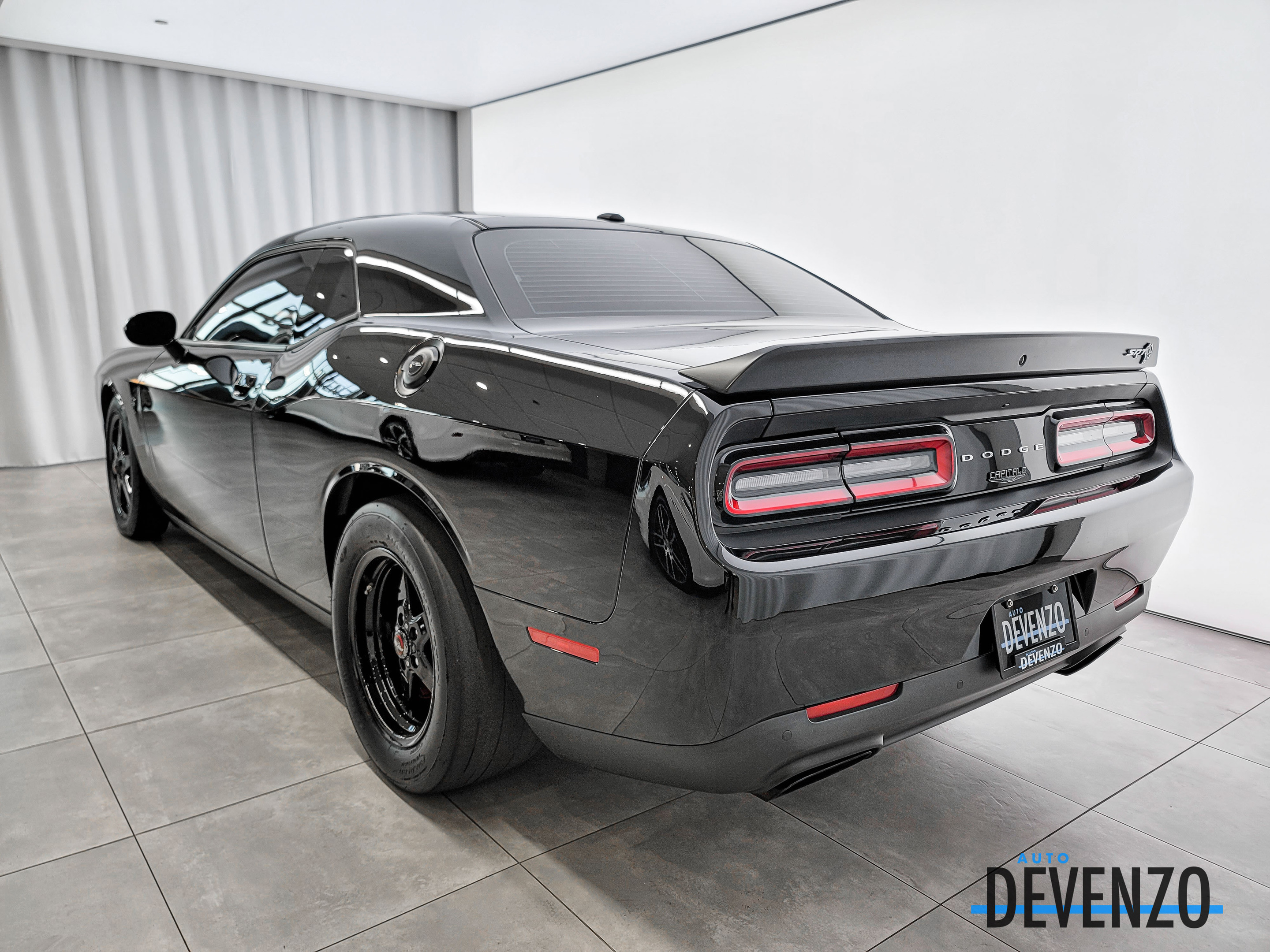 2017 Dodge Challenger SRT Hellcat SUPERCHARGED Whipple 1200hp complet