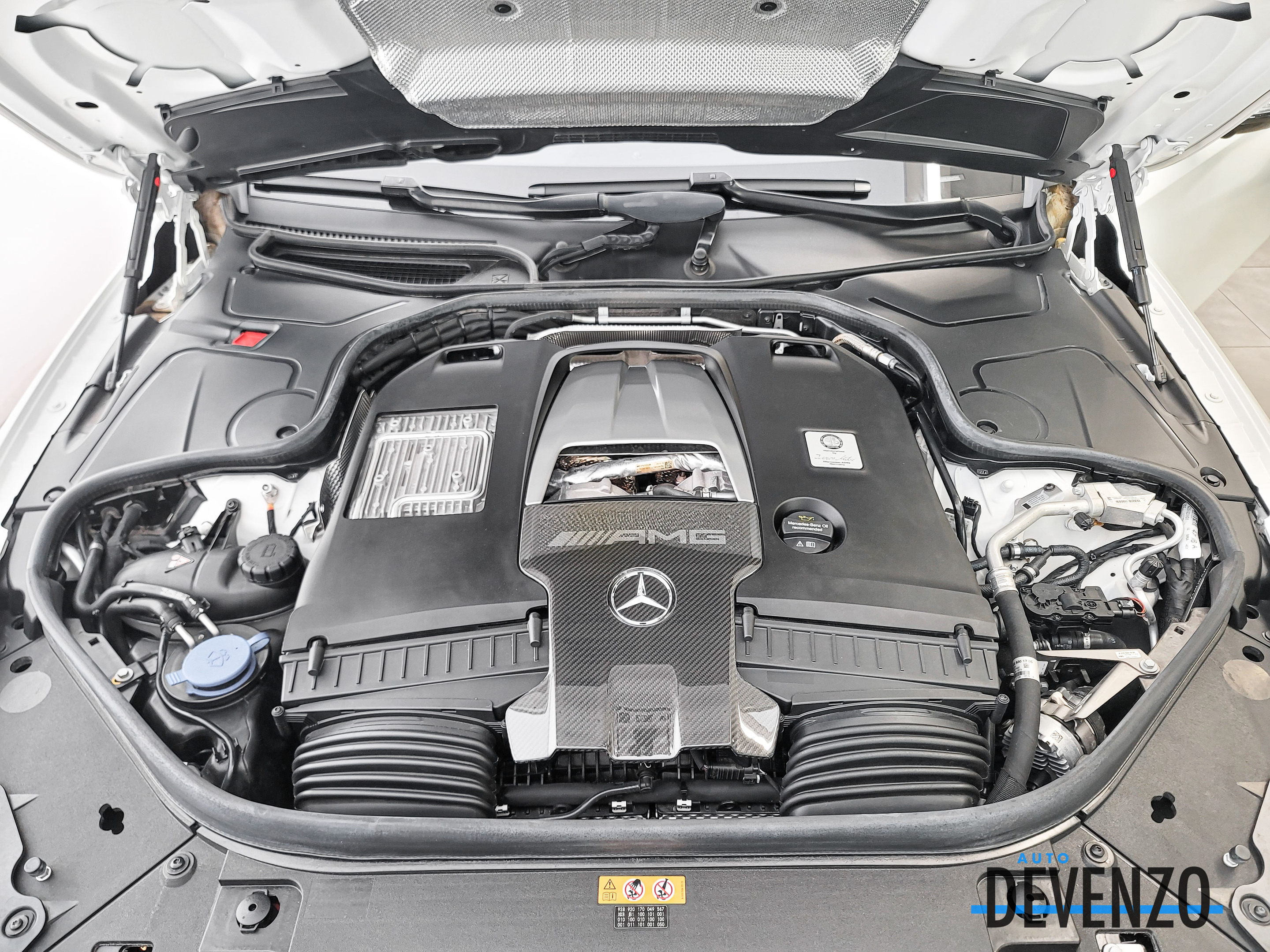 2019 Mercedes-Benz S-Class AMG S63 4MATIC+ Cabriolet 603hp MSRP 254,000$ complet