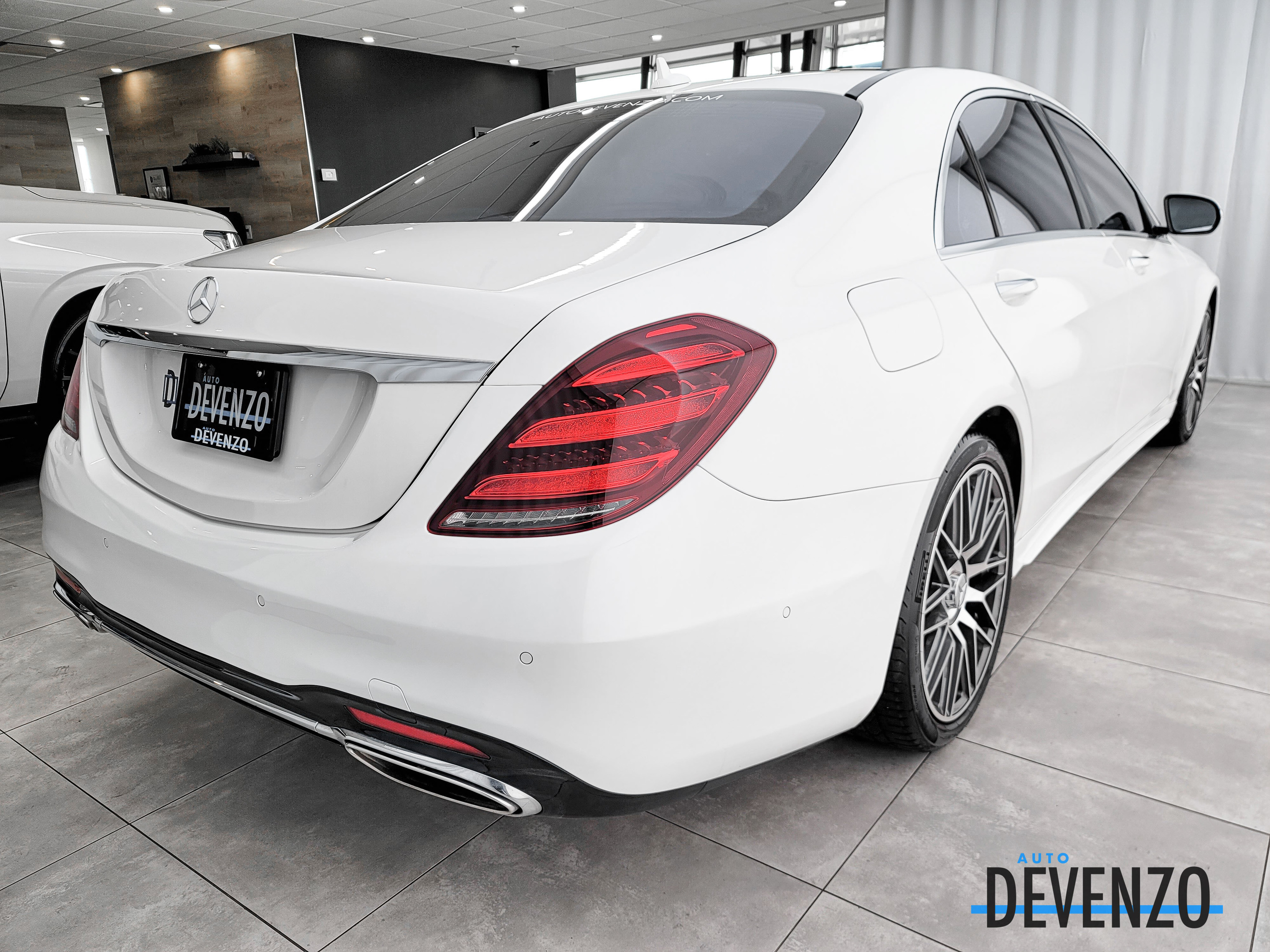 2018 Mercedes-Benz S-Class S560 4MATIC LWB Executive Rear Seating 2+2 complet