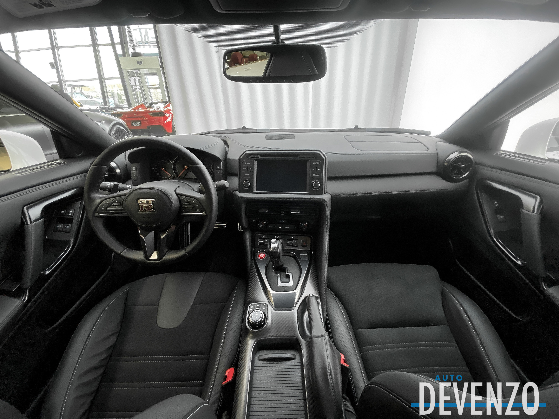 2021 Nissan GT-R Premium Coupe complet
